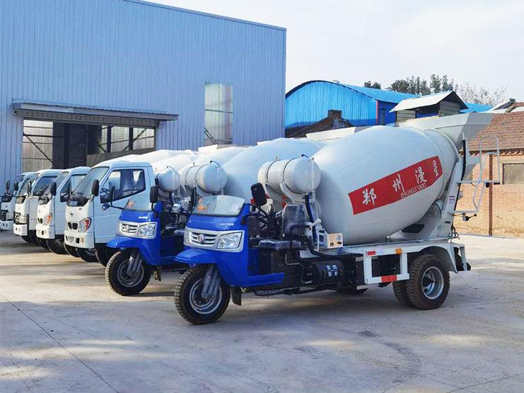 广东惠州苏老板定购的6台搅拌车已试机完毕准备发货